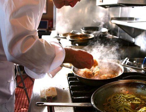 OFERTA DE FEINA: Hotel necesita un cuiner i ajudant de cuina